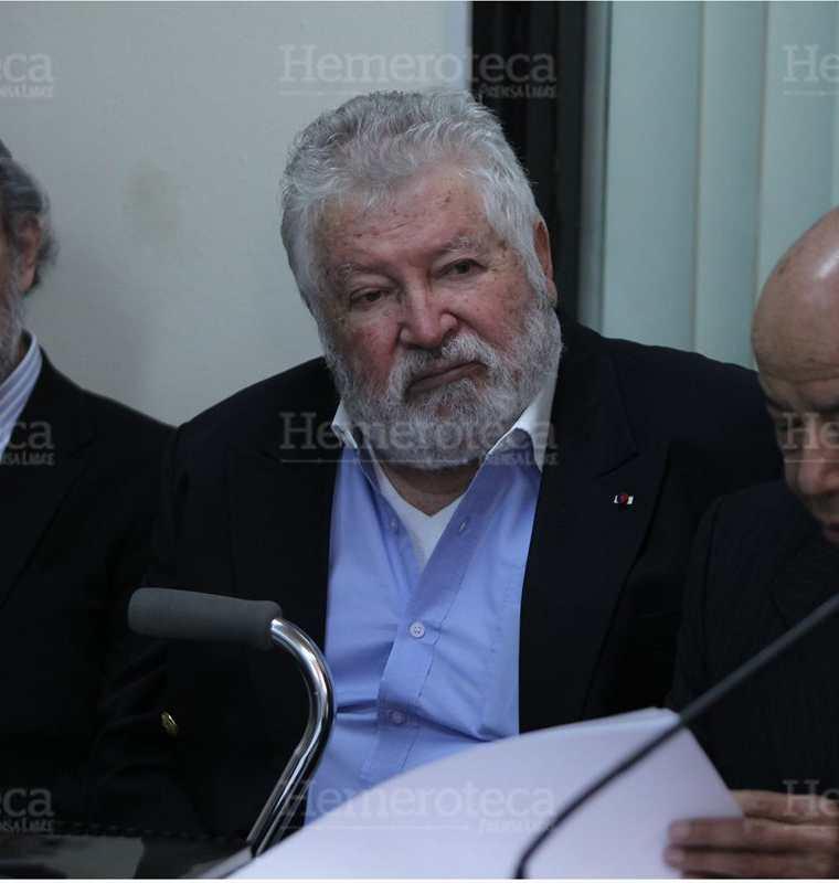 Juan Francisco Reyes López, ex vicepresidente, acusado de varios delitos, es escuchado en el  Juzgado Quinto de Primera Instancia Penal, el 8/8/2014. (Foto: Hemeroteca PL)