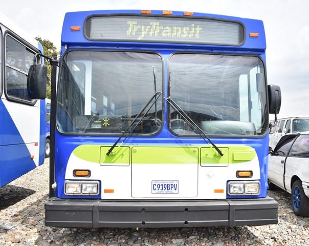 Los buses que serán utilizados en el Express Naranjo son usados. (Foto Prensa Libre: Municipalidad de Mixco)