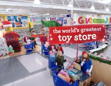 La cadena de jugueterías acudió a los tribunales en Estados Unidos buscando protección para reestructurar su abultada deuda de US$5 mil millones. (Foto Prensa Libre: EFE)