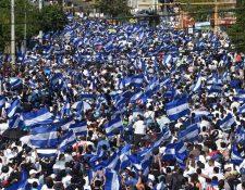 Ciudadanos de Nicaragua participan en una marcha en contra de la represión. (Foto Prensa Libre: Hemeroteca PL)