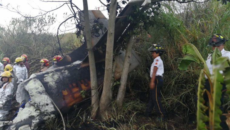 Lugar donde se accidentó la avioneta. (Foto Prensa Libre: Esbin García).