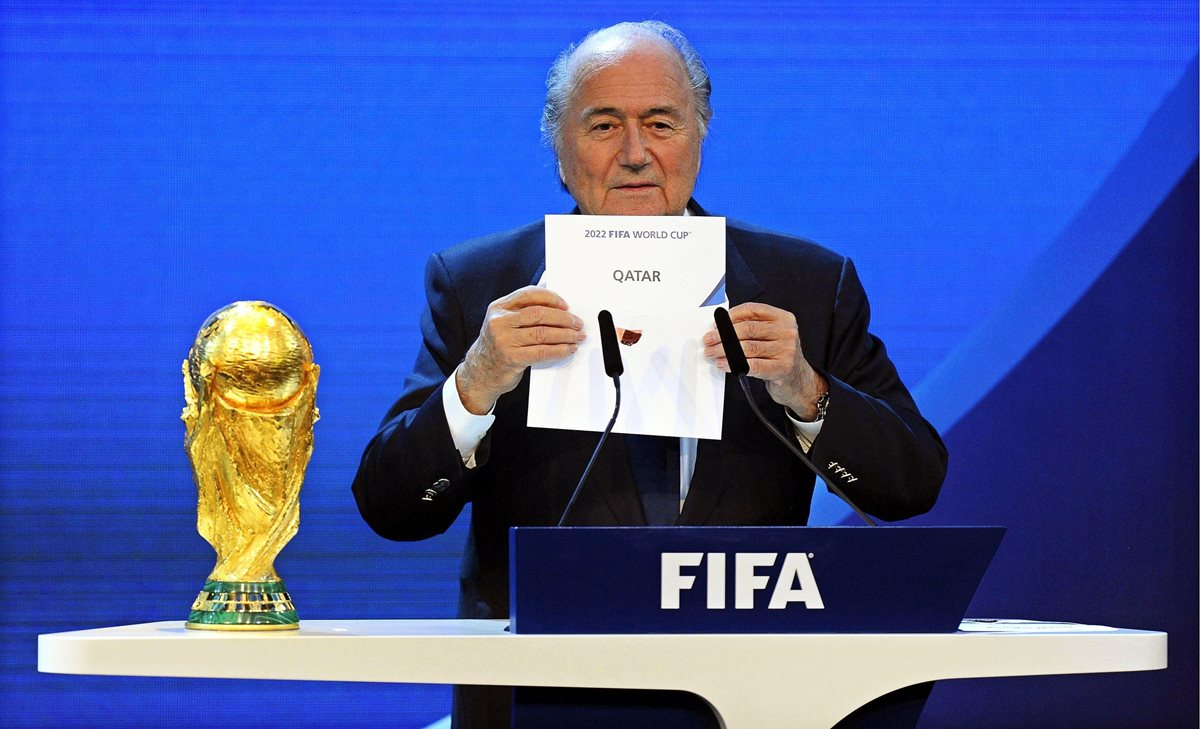 "Blatter: ""Debía haberme ido antes"""