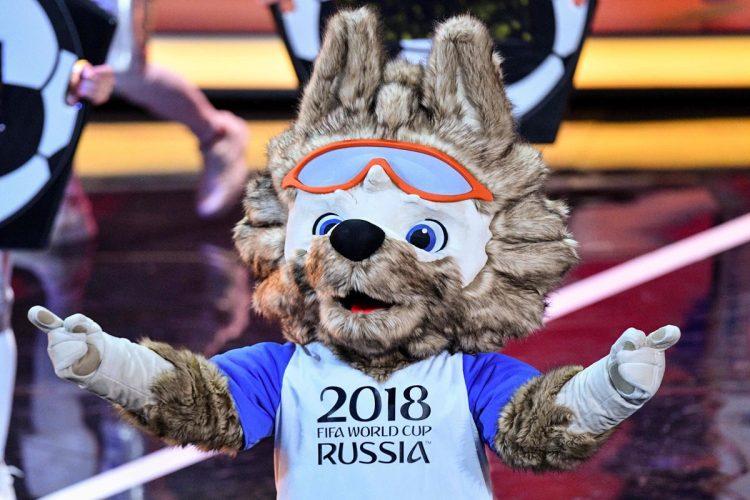 Zabivaka es la mascota oficial de la Copa del Mundo. (Foto Prensa Libre: AFP).