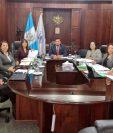 Los miembros consejeros del Consejo de la Carrera Judicial. (Foto Prensa Libre: Twitter/Guatemala Visible)