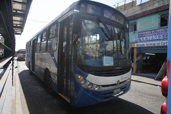 la ruta 256, que cubre el sur de la capital, ya no puede ingresar en la zona 1, y la disposición de la comuna es que llegue al Trébol y retorne al sur.