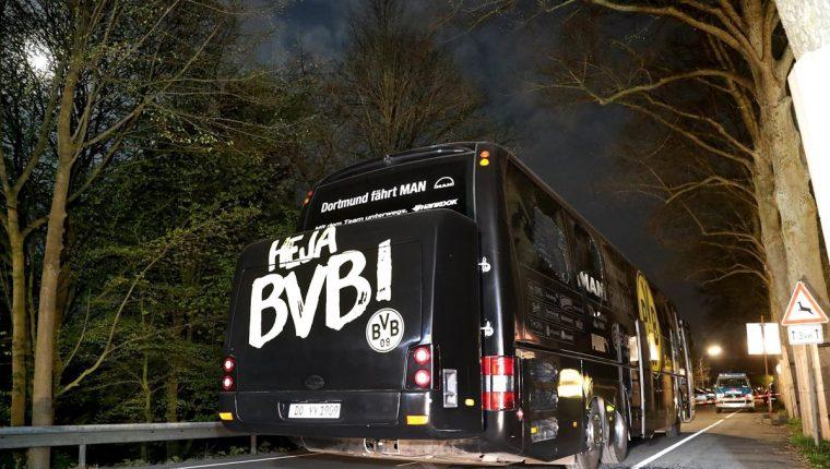 La policía confirmó la captura de una persona por el ataque terrorista contra el bus que transportaba al Borussia Dortmund. (Foto Prensa Libre: EFE)