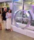 Lucrecia de Paz, brand manager en Guatemala; GT; Pablo Schenfeld, embajador de fragancias Dior para Latinoamérica; Mariana Vanessa Aguirre, ejecutiva de cuenta Dior Miami, e Ivet Montaves , trainer Dior - Perfumerias Fetiche.