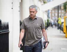 José Mourinho está en Londres negociando para dirigir el Manchester United. (Foto Prensa Libre: AFP)