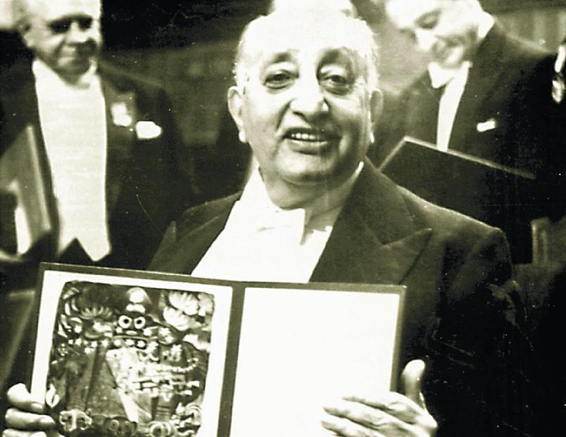 El 19 de octubre de 1967 se le designó el Nobel de Literatura a Asturias, el cual recibió el 10 de diciembre de ese año. (Foto Prensa Libre: Hemeroteca PL)