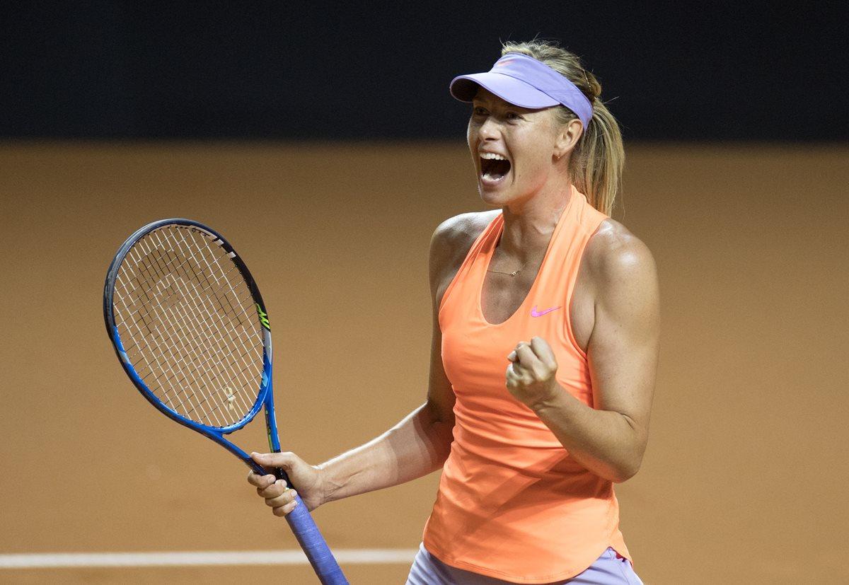 Maria Sharapova avanzó sin problemas en el Torneo de Stuttgart, este jueves superó a su compatriota Ekaterina Makarova. (Foto Prensa Libre: AFP).