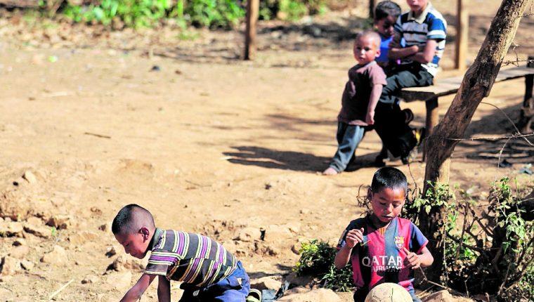 El préstamo está enfocado en atender municipios con alta mortalidad materna, mortalidad infantil y talla corta. (Foto Prensa Libre: Hemeroteca PL)