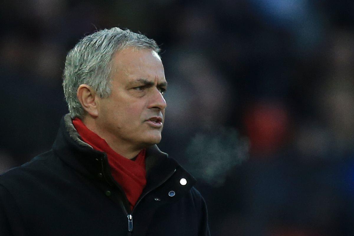 Mourinho recrimina a Klopp por fichaje deVan Dijk