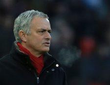 Jose Mourinho le recuerda a Klopp su mensaje acerca del mercado de fichajes. (Foto Prensa Libre: AFP)