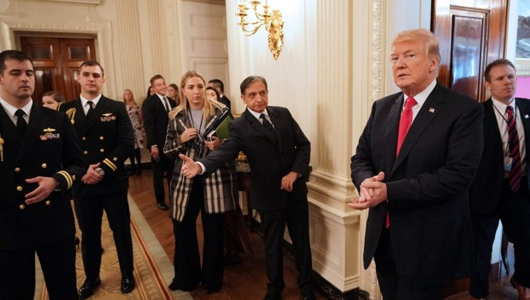 Estudio recomienda investigar a Donald Trump y sus nexos con carteles de la droga. (Foto Prensa Libre: AFP)