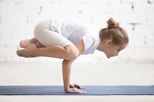 Es más común ver a niños practicando yoga que pilates. GETTY IMAGES