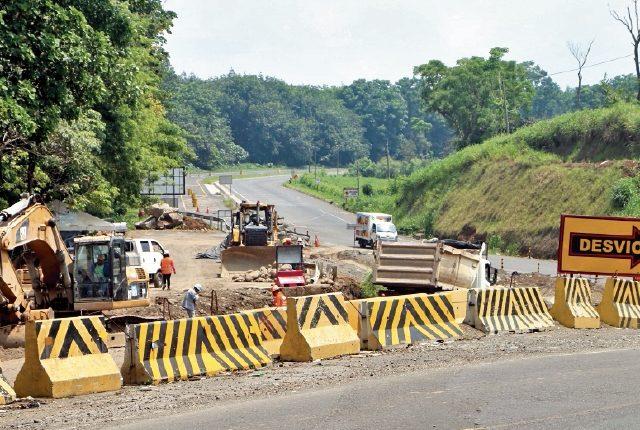 Las autoridades solicitaron a la PGN dictámenes sobre tramos carreteros suspendidos.