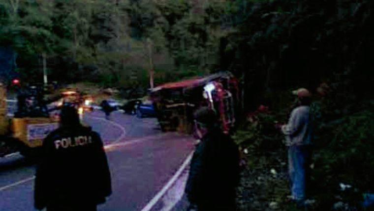 Lugar donde ocurrió el accidente en la ruta a Esquipulas Palo Gordo. (Foto Prensa Libre: Provial)
