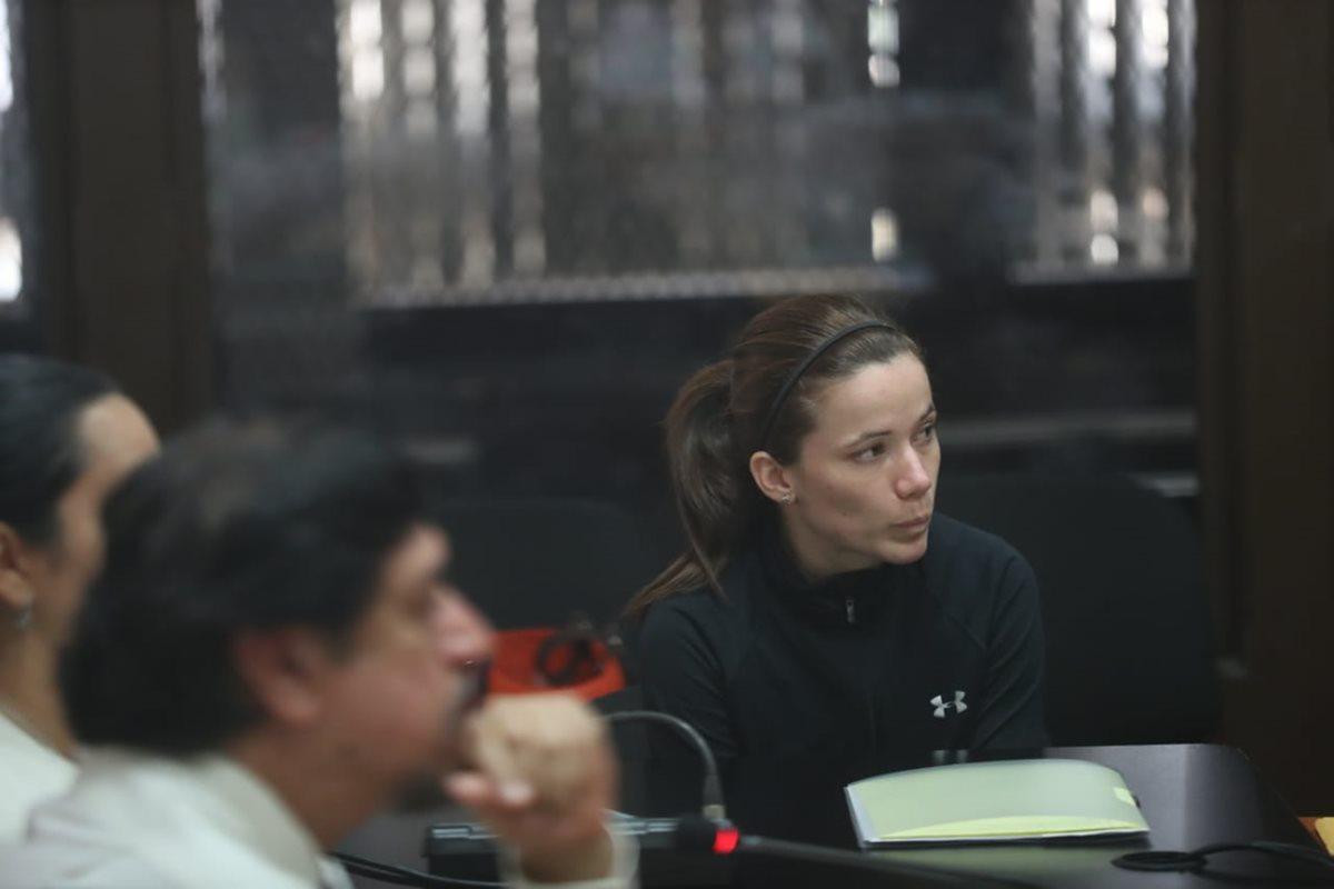 Daniela Beltranena durante la audiencia en el Juzgado de Mayor Riesgo B. (Foto Prensa Libre: Esbin García)