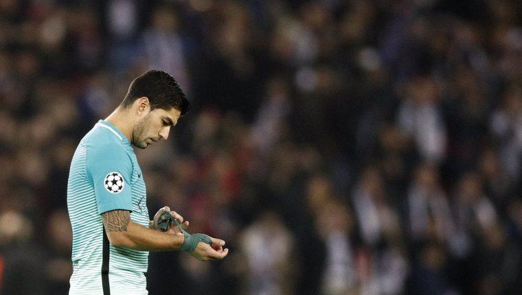 El Barcelona presentó un recurso ante el Comité de Apelación para intentar que al jugador le fuera retirada la segunda amonestación, pero no funcionó. (Foto Prensa Libre: EFE).