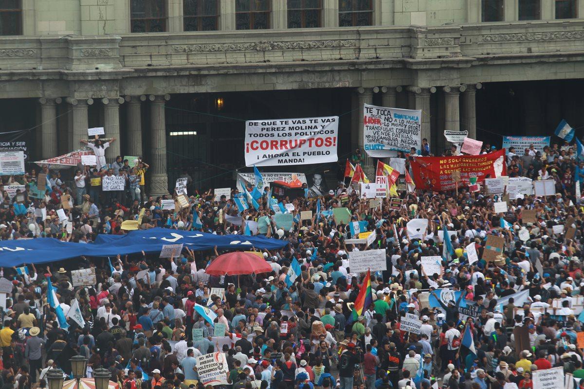 Guatemaltecos saldrán de nuevo a protestar