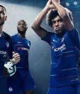 El Chelsea presenta su nueva camisola y que será estrenada este fin de semana. (Foto Prensa Libre: Chelsea)