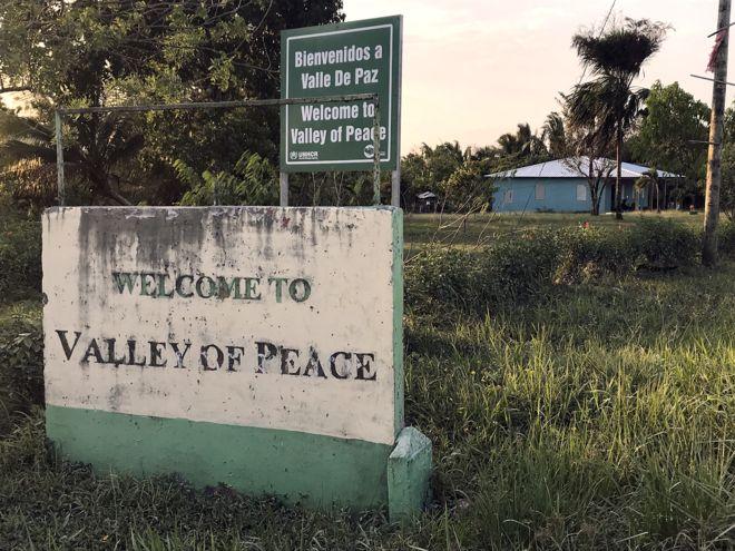 La comunidad de Valle de Paz se encuentra a una veintena de kilómetros de la capital de Belice, Belmopán. A partir de los 80, aquí se refugiaron muchos salvadoreños que huían de la guerra civil.