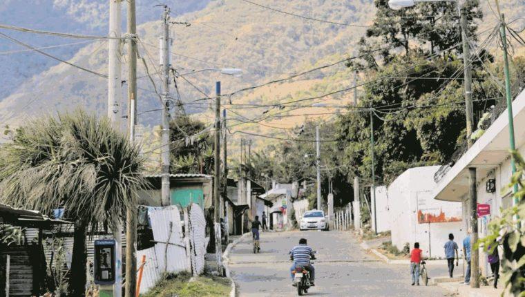 Las extorsiones han sido constantes en la aldea las Trojes, según pobladores.(Foto Prensa Libre: Álvaro Interiano)