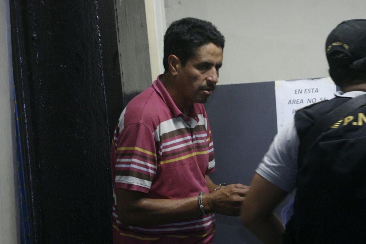 Capturan estructura criminal integrada por once agentes de la PNC y tres civiles