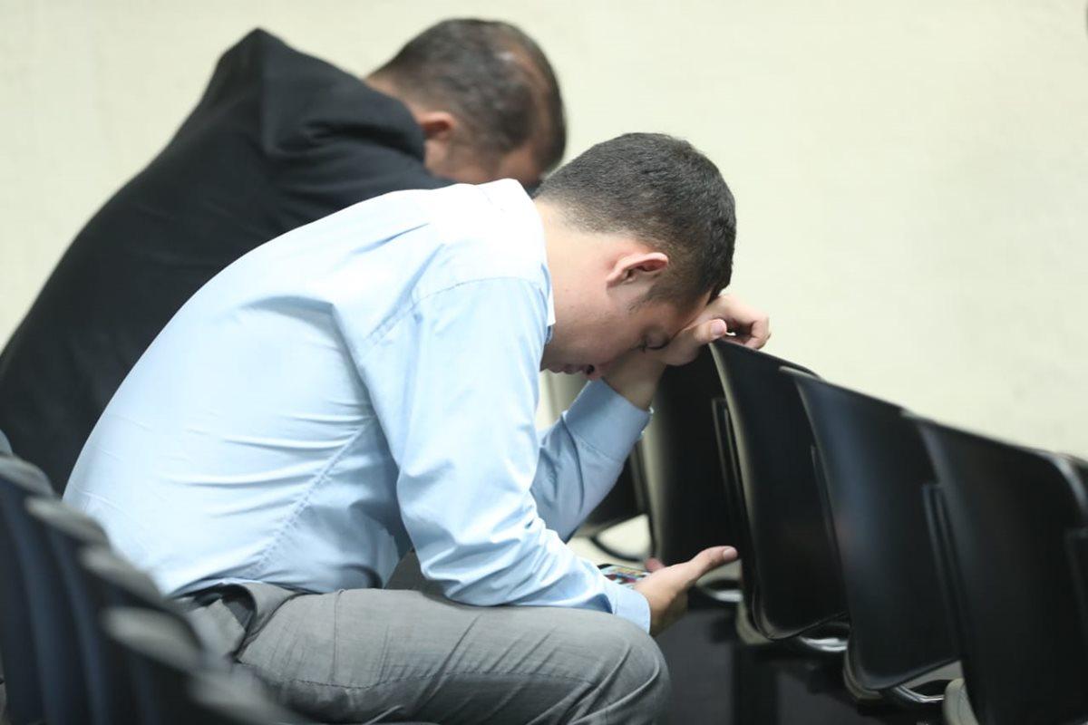 Mientras el Tribunal de Mayor Riesgo C deliberaba los señalados permanecían dentro de la sala.