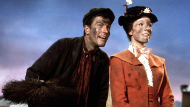 La autora del libro se inspiró en una tía solterona para el personaje de Mary Poppins. (GETTY IMAGES)