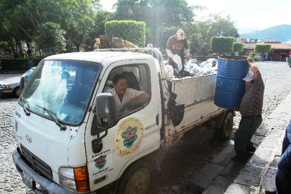 El servicio de recolección basura funcionaba  ayer, pero no se prestó durante el fin de semana.