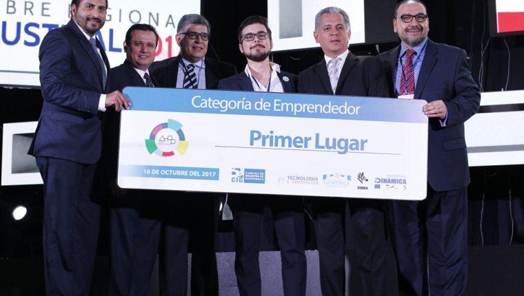 El primer lugar del App Challenge en categoría de emprendedor fue para Kitsord. (Foto Prensa Libre: Paulo Raquec)