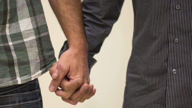 La Corte Constitucional de Colombia aprobó el jueves la unión de parejas del mismo sexo.(Foto Prensa Libre: AFP).
