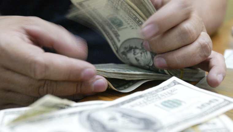 El dinero representa aproximadamente Q7.8 millones que administrará la Senabed. (Foto Prensa Libre: Hemeroteca PL)