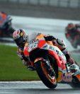 """El español Dani Pedrosa ha puesto punto y final a su carrera deportiva en el Gran Premio de la Comunidad Valenciana de MotoGP que se ha disputado en el circuito """"Ricardo Tormo"""" de Cheste. (Foto Prensa Libre: AFP)."""