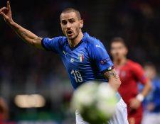 Leonardo Bonucci reaccionó a las ofensas recibidas en el juego contra Portugal. (Foto Prensa Libre: AFP)
