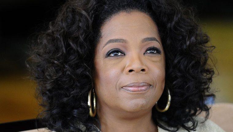 La presentadora y productora Oprah Winfrey trabajará de la mano con la tecnológica Apple (Foto Prensa Libre: AFP).