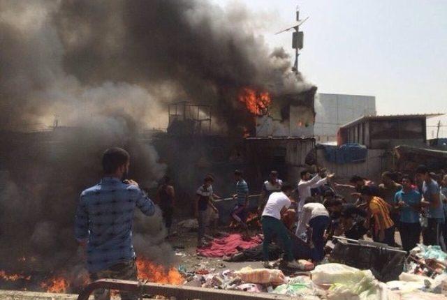 Atentado suicida en Bagdad deja decenas de muertos. (Foto Prensa Libre: EFE)