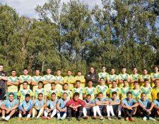 El plantel miguelense posa para el lente de Tododeportes, en el Complejo Deportivo de Guatel.(Foto Prensa Libre: Edwin Fajardo)
