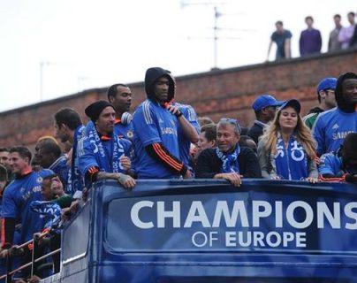El multimillonario ruso, Roman Arkadievich Abramovich, dueño del Chelsea, es uno de los poderosos del futbol. (Foto Prensa Libre: AS Color)