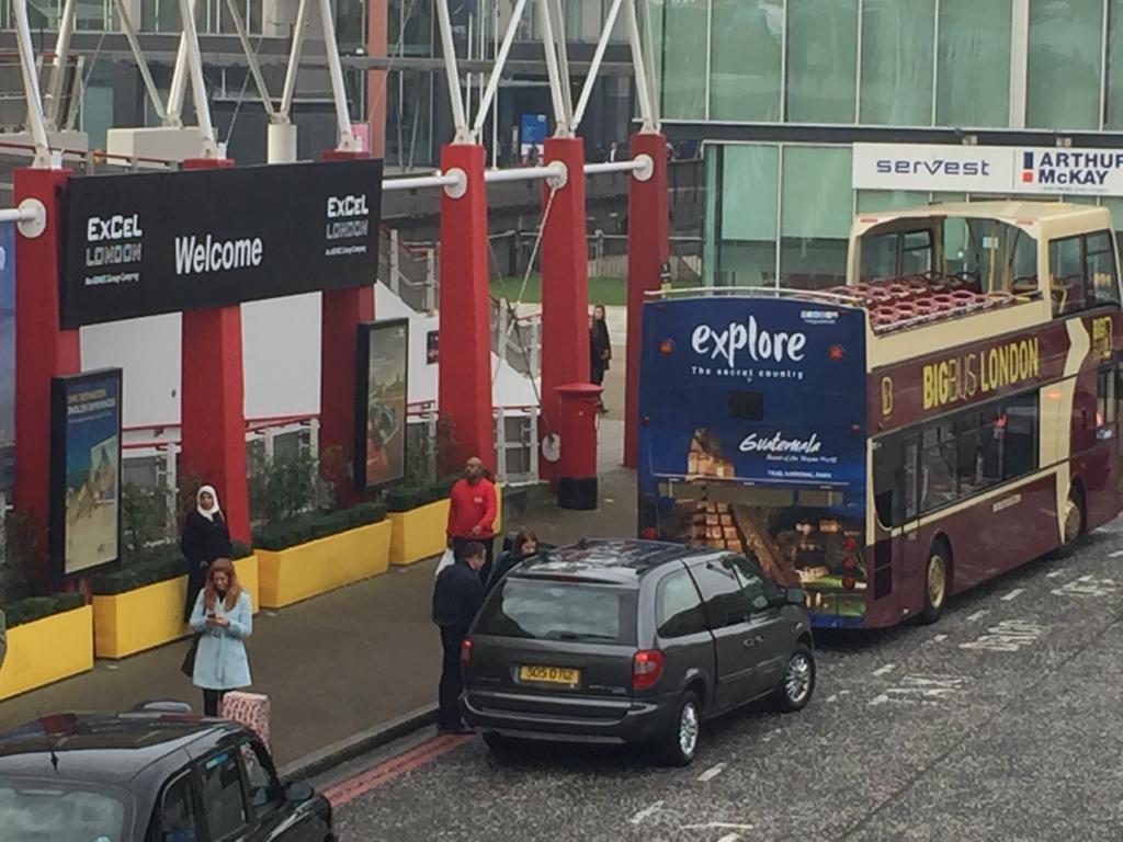 Se instaló en buses en Londres una campaña de promoción de Guatemala como destino turístico. (Foto, Prensa Libre: Inguat).