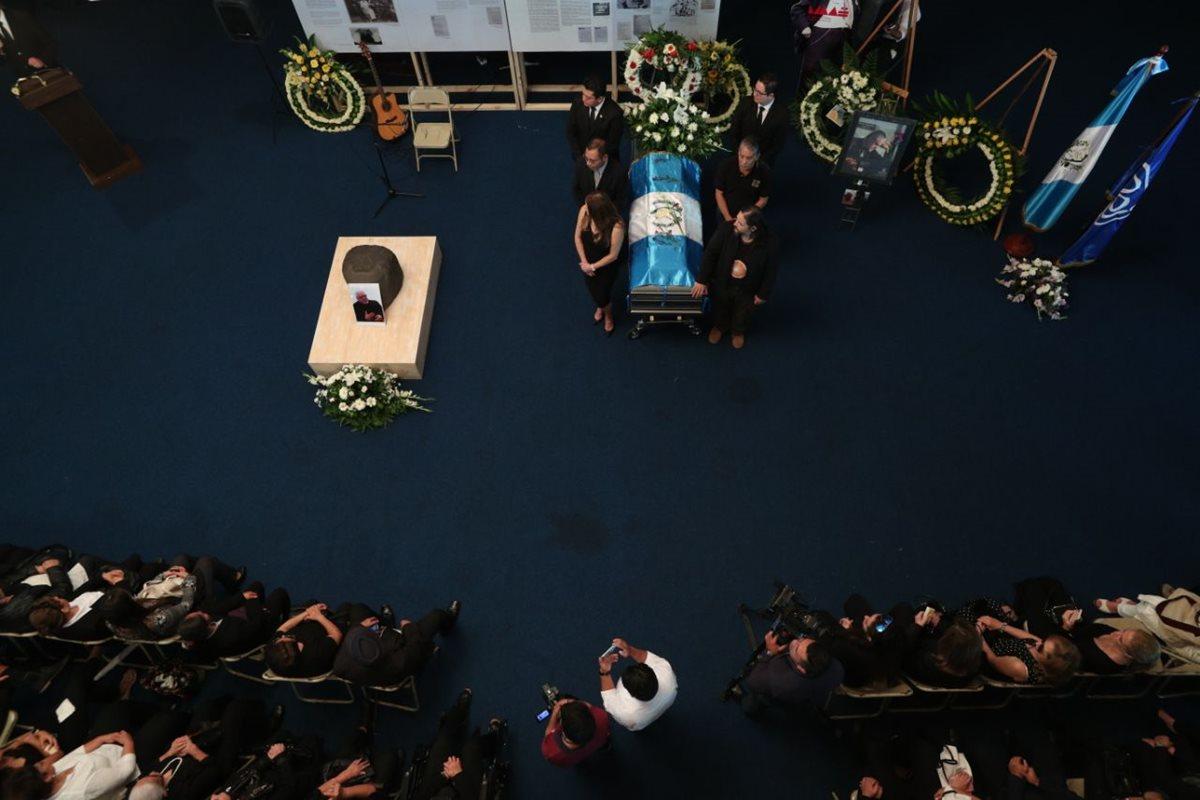 El último adiós se realizó en el Centro Cultural Miguel Ángel Asturias