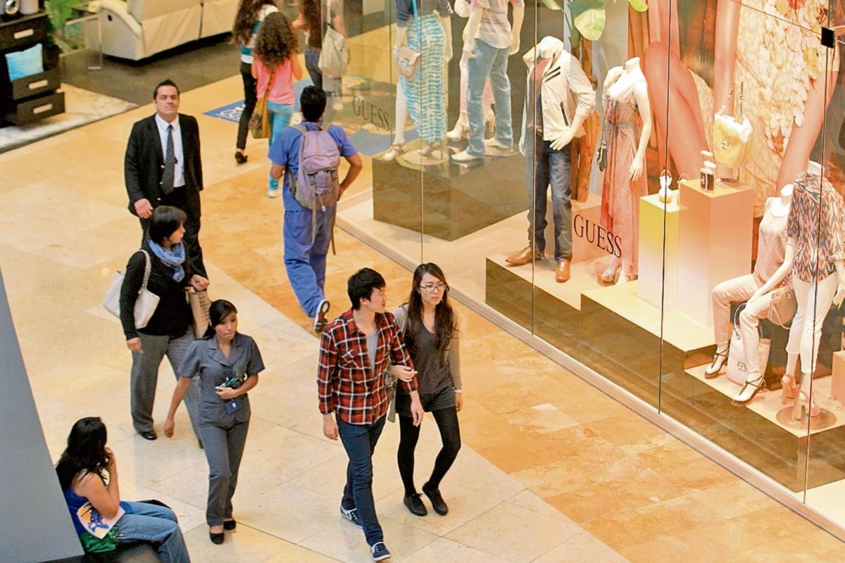 Oakland Mall amplía oferta