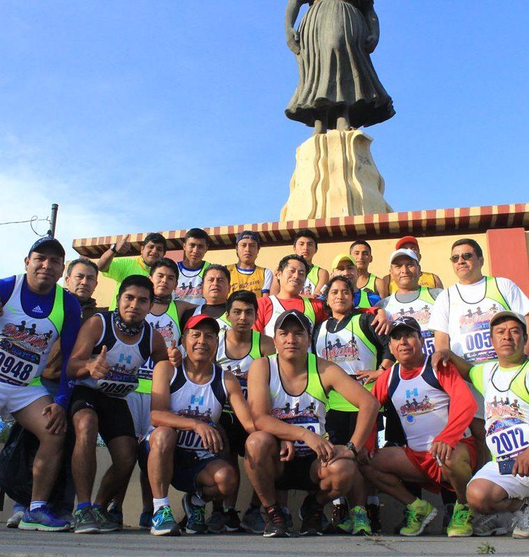 Los atletas quetzaltecos se mostraron molestos porque la San Silvestre no se correrá en Quetzaltenango. (Foto Prensa Libre: Raúl Juárez)