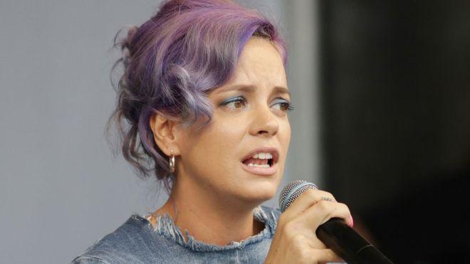 La cante británica Lily Allen dice que usa Twitter unas cinco horas al día, ¿es demasiado? PA