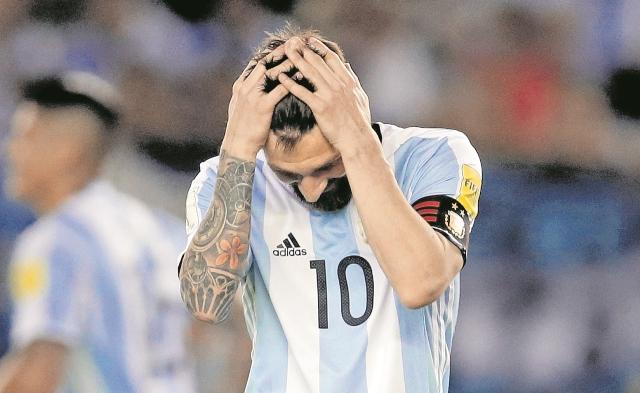 En Brasil 2014 Lionel Messi guió a Argentina a la final, pero se tuvo que conformar con el subcampeonato. (Foto Prensa Libre: Hemeroteca PL)