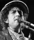 Bob Dylan es el primer músico premiado por la Academia Sueca con un Nobel. (Foto Prensa Libre, AFP)