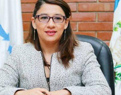 Claudia Ávila es señalada de haber intervenido en un conflicto del Segundo Registro de la Propiedad.