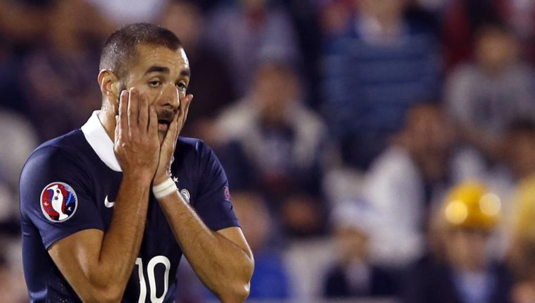 Karim Benzema sigue fuera de los planes del entrenador de la Selección de Francia. (Foto Prensa Libre).