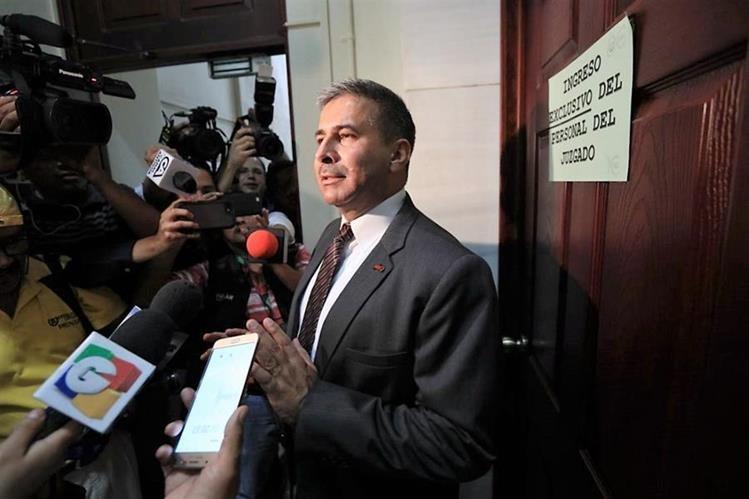 Amparo provisional reactivaría orden de captura contra Érick Melgar Padilla